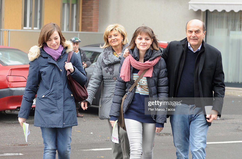 Elisa Bersani, Daniela Ferrari, Margherita Bersani and Pier Luigi Bersani attend to vote at the PD Primary Elections on November 25, 2012 in Milan, Italy.Italy. Italian centre-left voters,choose the candidate to be leader at next national election for new government.
