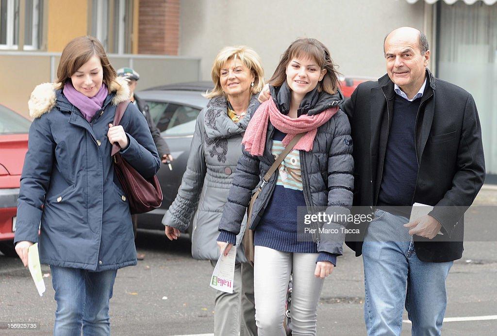 Elisa Bersani Daniela Ferrari Margherita Bersani and Pier Luigi Bersani attend to vote at the PD Primary Elections on November 25 2012 in Milan...