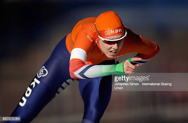 Elisa Dul of the Netherlands competes in the first women's junior 1000m draw for the ISU junior world cup speed skating championships on January 21...