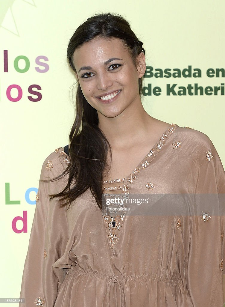 <a gi-track='captionPersonalityLinkClicked' href=/galleries/search?phrase=Elisa+Mouliaa&family=editorial&specificpeople=7068487 ng-click='$event.stopPropagation()'>Elisa Mouliaa</a> attends the 'Los Ojos Amarillos de los Cocodrilos' premiere the Academia del Cine on April 30, 2014 in Madrid, Spain.