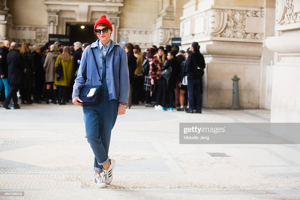 Day 2 - Street Style - Paris Fashion Week - Womenswear Fall/Winter 2015/2016