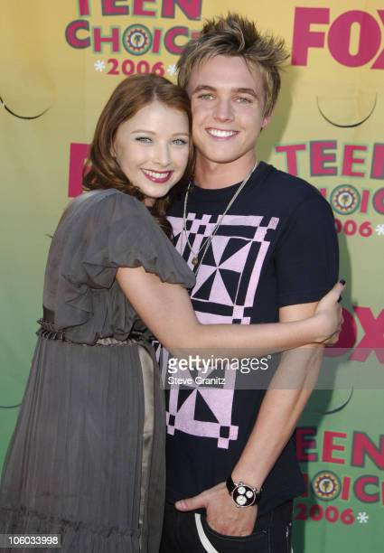 Elisabeth Harnois and Jesse McCartney during 2006 Teen Choice Awards Arrivals at Gibson Amphitheatre in Universal City California United States