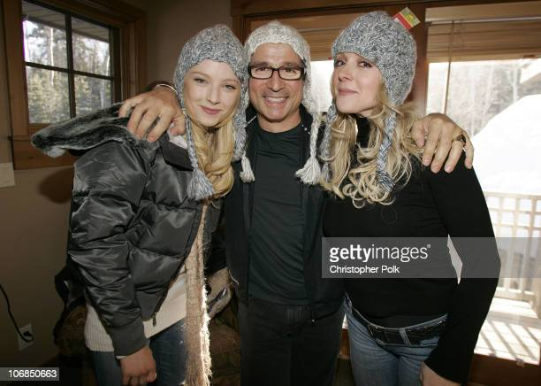 Elisabeth Harnois from the new TV show Point Pleasant' Biolage hairstylist Enzo Angileri and Jane Krakowski *exclusive*
