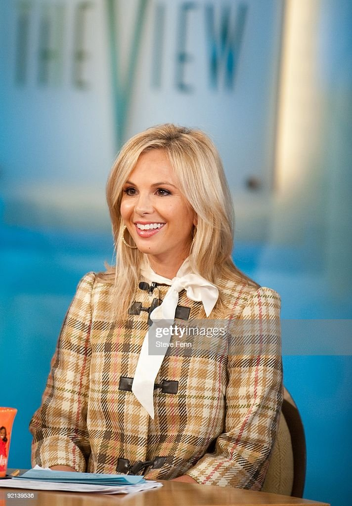 THE VIEW - Elisabeth Hasselbeck, co-host of ABC's 'The View' returned to the show from her maternity leave on MONDAY, OCT.19 (11:00 a.m. -12:00 noon, ET) to join pals Barbara Walters, Whoopi Goldberg, Joy Behar and Sherri Shepherd. 'THE VIEW,' airs Monday to Friday (11:00 a.m. - 12:00 noon, ET) on the ABC Television Network. (Photo by Steve Fenn/ABC via Getty Images) ELISABETH