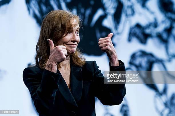 Elisabeth Hupper attends 'Elle' photocall during 64th San Sebastian Film Festival at Victoria Eugenia on September 19 2016 in San Sebastian Spain