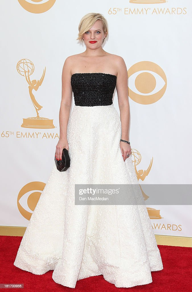 Elisabeth Moss arrives at the 65th Annual Primetime Emmy Awards at Nokia Theatre L.A. Live on September 22, 2013 in Los Angeles, California.