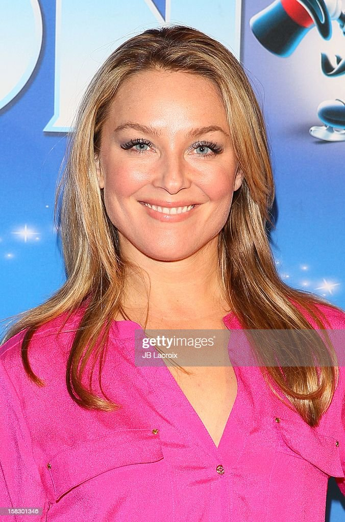 Elisabeth Rohm attends the Disney On Ice 'Dare To Dream' Red Carpet Opening Night at LA Kings Holiday Ice at L.A. LIVE on December 12, 2012 in Los Angeles, California.