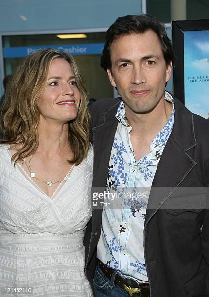Elisabeth Shue and Andrew Shue during 'Gracie' Los Angeles Premiere Arrivals at The ArcLight in Hollywood California United States