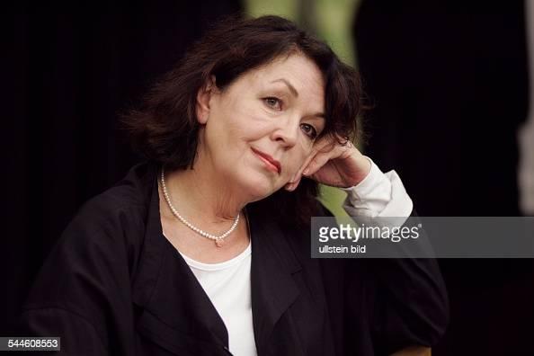 Elisabeth Trissenaar Nude Photos 95