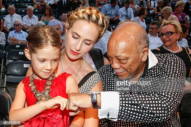 Elisabeth von Thurn und Taxis with her cousin and Quincy Jones attend the Thurn Taxis Castle Festival 2015 on July 23 2015 in Regensburg Germany