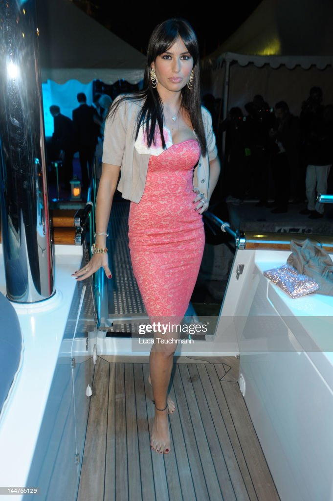 Elisabetta Gregoraci attends Cannes Cocktail Evening, hosted by Eva Longoria and Denise Rich and produced by Total Management and MandA Events on May 18, 2012 in Cannes, France.