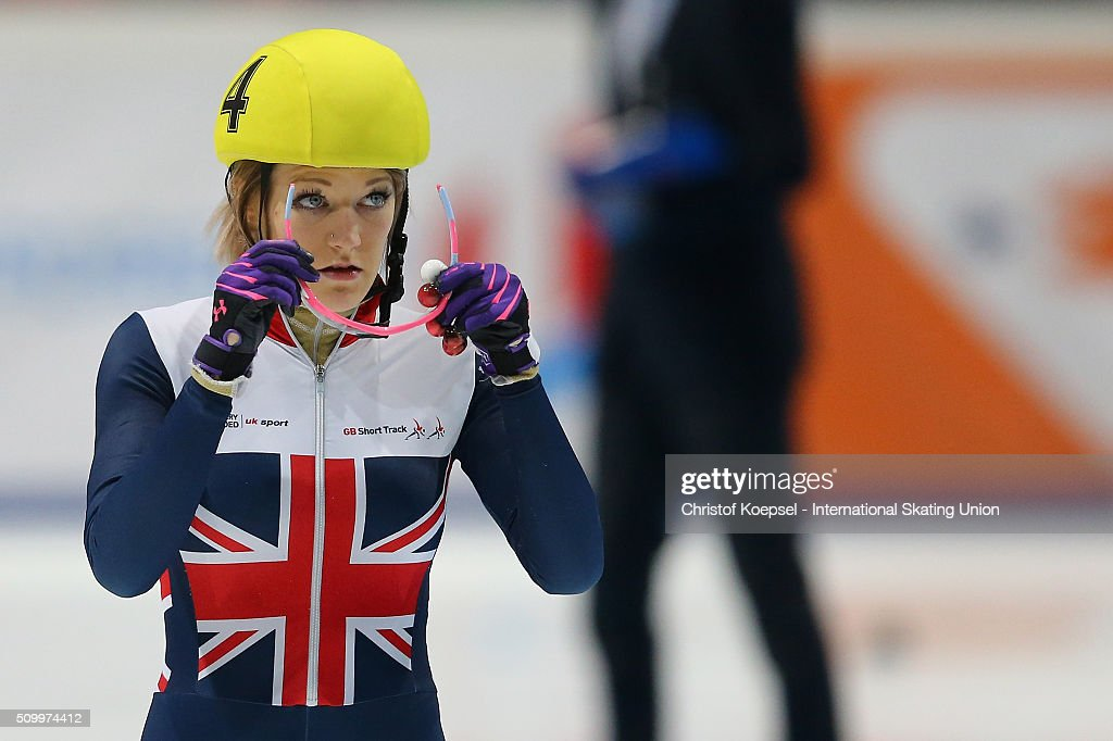 <a gi-track='captionPersonalityLinkClicked' href=/galleries/search?phrase=Elise+Christie&family=editorial&specificpeople=4113885 ng-click='$event.stopPropagation()'>Elise Christie</a> of Great Britain preapres prior to the ladies 1000m final A during Day 2 of ISU Short Track World Cup at Sportboulevard on February 13, 2016 in Dordrecht, Netherlands.