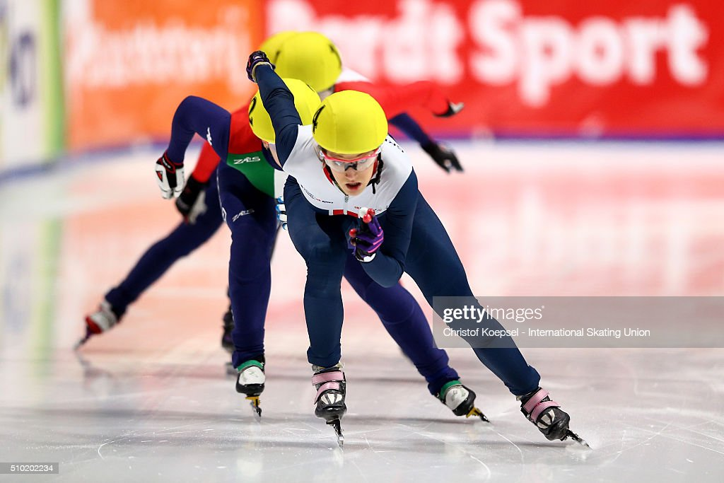 <a gi-track='captionPersonalityLinkClicked' href=/galleries/search?phrase=Elise+Christie&family=editorial&specificpeople=4113885 ng-click='$event.stopPropagation()'>Elise Christie</a> of Great Britain skates during the ladies 500m final A during Day 3 of ISU Short Track World Cup at Sportboulevard on February 14, 2016 in Dordrecht, Netherlands.