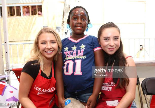 Elise Luthman and Ava Cantrell at the Los Angeles Mission's End of Summer Arts and Education Fair at Los Angeles Mission on August 26 2017 in Los...
