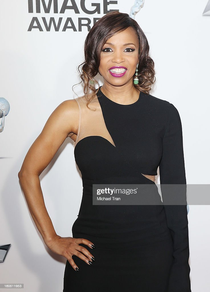 Elise Neal arrives at the 44th NAACP Image Awards held at The Shrine Auditorium on February 1, 2013 in Los Angeles, California.
