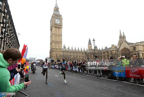 Eliud Kipchoge and Wilson Kipsang both of Kenya battle out the lead during the Virgin Money London Marathon 2015 on April 26 2015 in London England