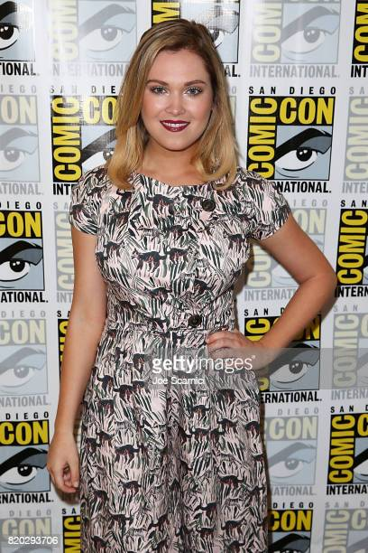 Eliza Taylor attends 'The 100' press line at at ComicCon International 2017 on July 21 2017 in San Diego California