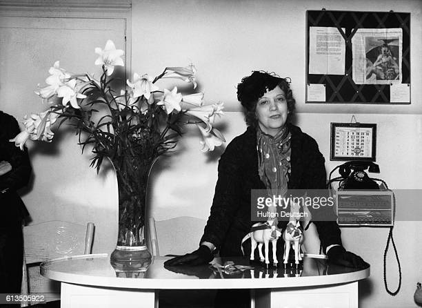 Elizabeth Arden the Canadianborn beautician and businesswoman 1935 She established a world wide chain of beauty salons and developed her own brand of...