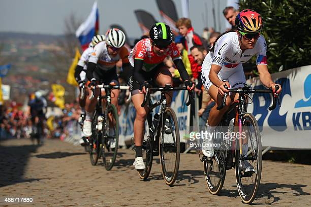 Elizabeth Armitstead of Great Britain and Boels Dolmans Cycling Team climbs Oude Kwaremont in the 2015 Women's Tour of Flanders from Bruges to...