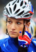 Elizabeth Armitstead of Great Britain prepares to ride in the 2009 UCI Road World Championships Elite Women's Road Race on September 26 2009 in...