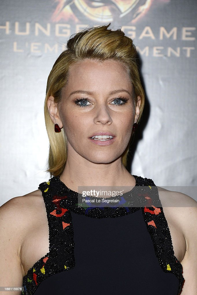 Elizabeth Banks attends 'The Hunger Games: Catching Fire' Paris Premiere at Le Grand Rex on November 15, 2013 in Paris, France.