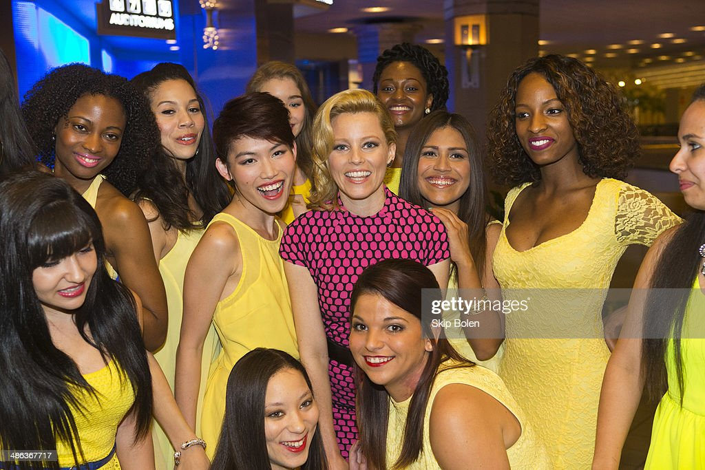 <a gi-track='captionPersonalityLinkClicked' href=/galleries/search?phrase=Elizabeth+Banks&family=editorial&specificpeople=202475 ng-click='$event.stopPropagation()'>Elizabeth Banks</a> (c) attends the 'Walk of Shame' New Orleans special screening at The Theatres at Canal Place on April 23, 2014 in New Orleans, Louisiana.
