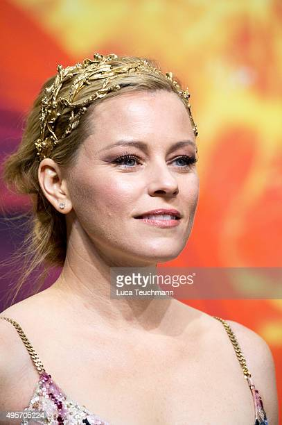 Elizabeth Banks attends the world premiere of the film 'The Hunger Games Mockingjay Part 2' at CineStar on November 4 2015 in Berlin Germany
