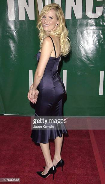 Elizabeth Banks during 'Invincible' New York Premiere August 23 2006 at The Ziegfeld Theater in New York City New York United States