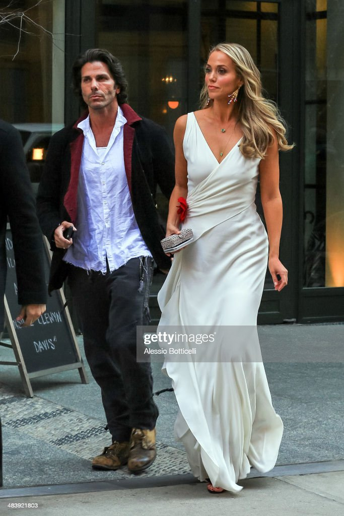 Elizabeth Berkley and <a gi-track='captionPersonalityLinkClicked' href=/galleries/search?phrase=Greg+Lauren+-+Artist+and+Designer&family=editorial&specificpeople=601364 ng-click='$event.stopPropagation()'>Greg Lauren</a> are seen leaving their Downtown hotel on April 10, 2014 in New York City.