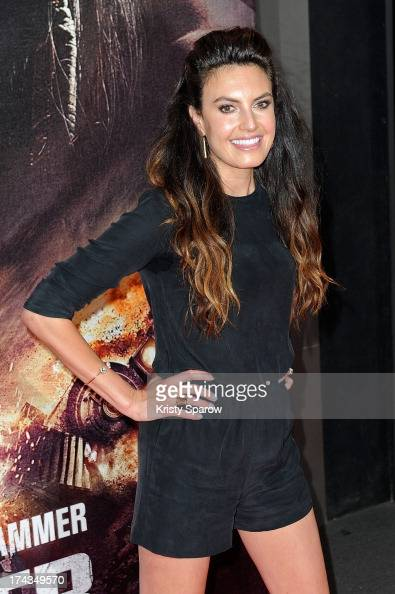 Elizabeth Chambers attends the Paris premiere of 'The Lone Ranger' at Cinema UGC Normandie on July 24 2013 in Paris France