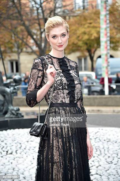 Elizabeth Debicki arrives at the Miu Miu Fashion Show during the Paris Fashion Week S/S 2016 Day Nine on October 7 2015 in Paris France