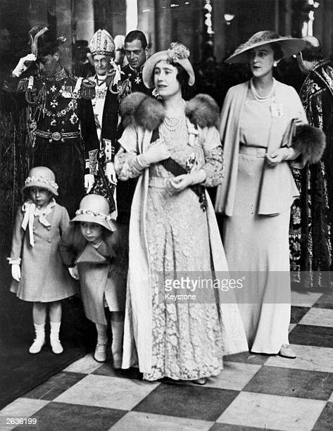 Elizabeth Duchess of York with Princesses Elizabeth and Margaret Rose and Marina Duchess of Kent in St Paul's Cathedral London during a service to...