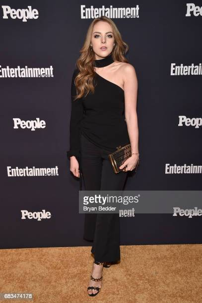 Elizabeth Gillies of Dynasty attends the Entertainment Weekly and PEOPLE Upfronts party presented by Netflix and Terra Chips at Second Floor on May...