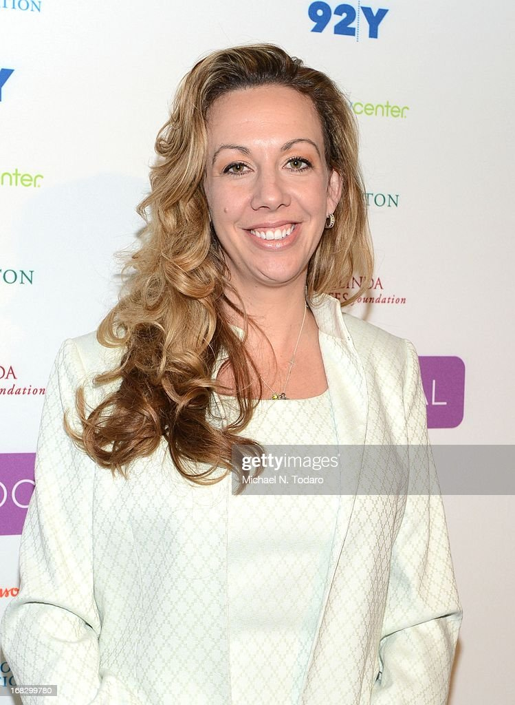 Elizabeth Gore attends the Mom + Social Event at 92Y Tribeca on May 8, 2013 in New York City.