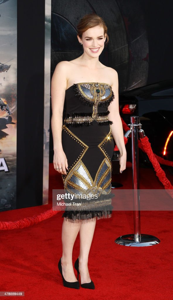 Elizabeth Henstridge arrives at the Los Angeles premiere of 'Captain America: The Winter Soldier' held at the El Capitan Theatre on March 13, 2014 in Hollywood, California.