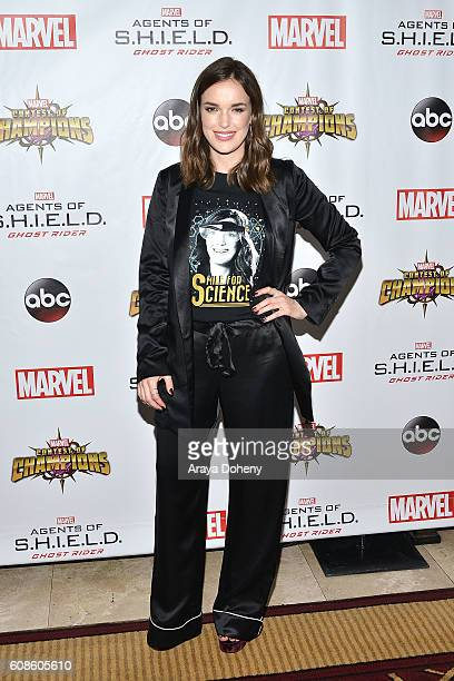 Elizabeth Henstridge attends the premiere of ABC's 'Agents Of SHIELD' Season 4 at Pacific Theatre at The Grove on September 19 2016 in Los Angeles...