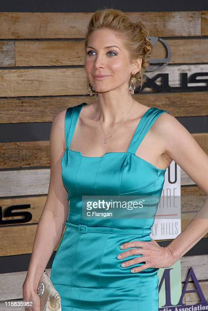 Elizabeth Mitchell during EMA E Golden Green Party at 9900 Wilshire Blvd in Beverly Hills California United States