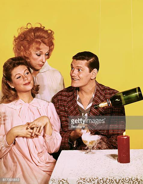 Elizabeth Montgomery Agnes Moorehead and Dick York in a publicity handout for the television program Bewitched which ran from 1964 to 1972 Elizabeth...