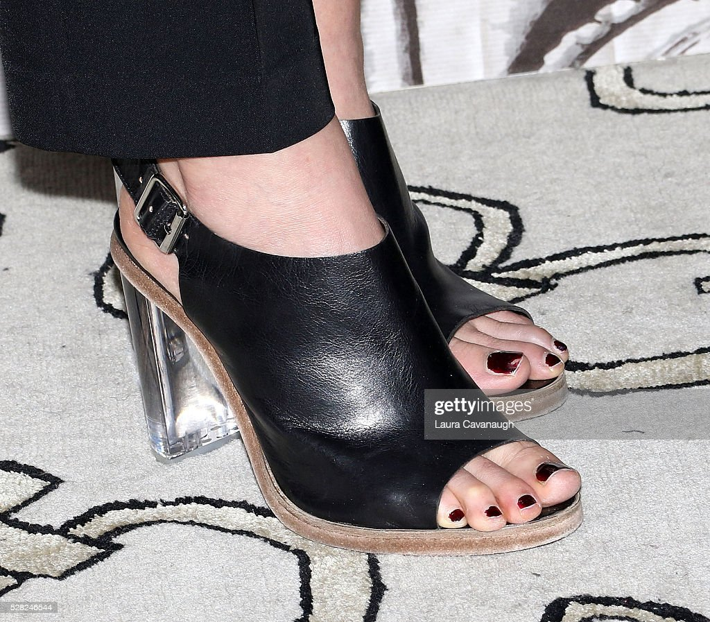 <a gi-track='captionPersonalityLinkClicked' href=/galleries/search?phrase=Elizabeth+Olsen&family=editorial&specificpeople=5775031 ng-click='$event.stopPropagation()'>Elizabeth Olsen</a>, shoe detail, attends AOL Build Speaker Series to discuss 'Captain America: Civil War' at AOL Studios In New York on May 4, 2016 in New York City.