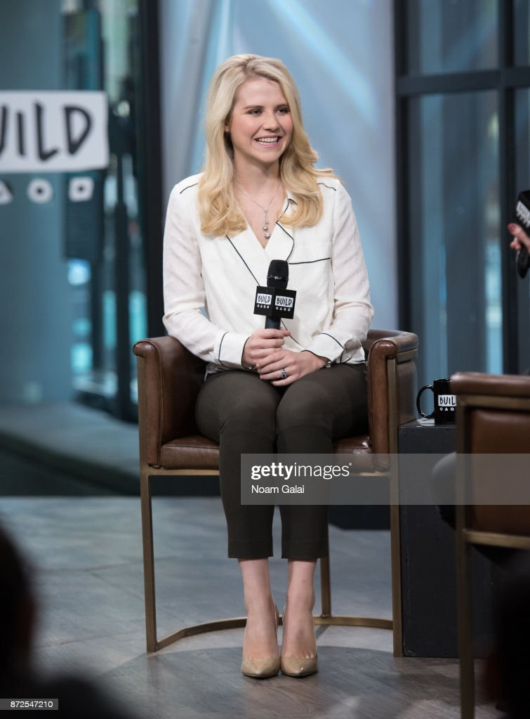 Elizabeth Smart visits Build Series to discuss 'Elizabeth Smart: Autobiography' at Build Studio on November 10, 2017 in New York City.