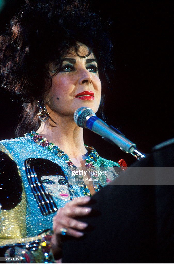 Elizabeth Taylor appears at the Freddie Mercury Tribute concert, Wembley Stadium, London, 20th April 1992.