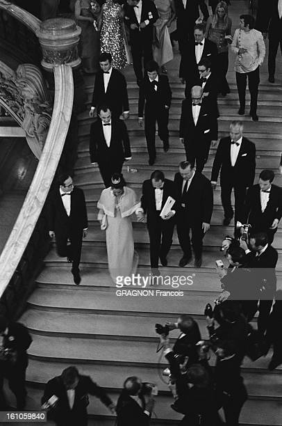 Elizabeth Taylor attending the Premiere of Franco Zeffirelli's 'The Taming of the Shrew' at the Paris Opera She is wearing a diamond tiara by Van...