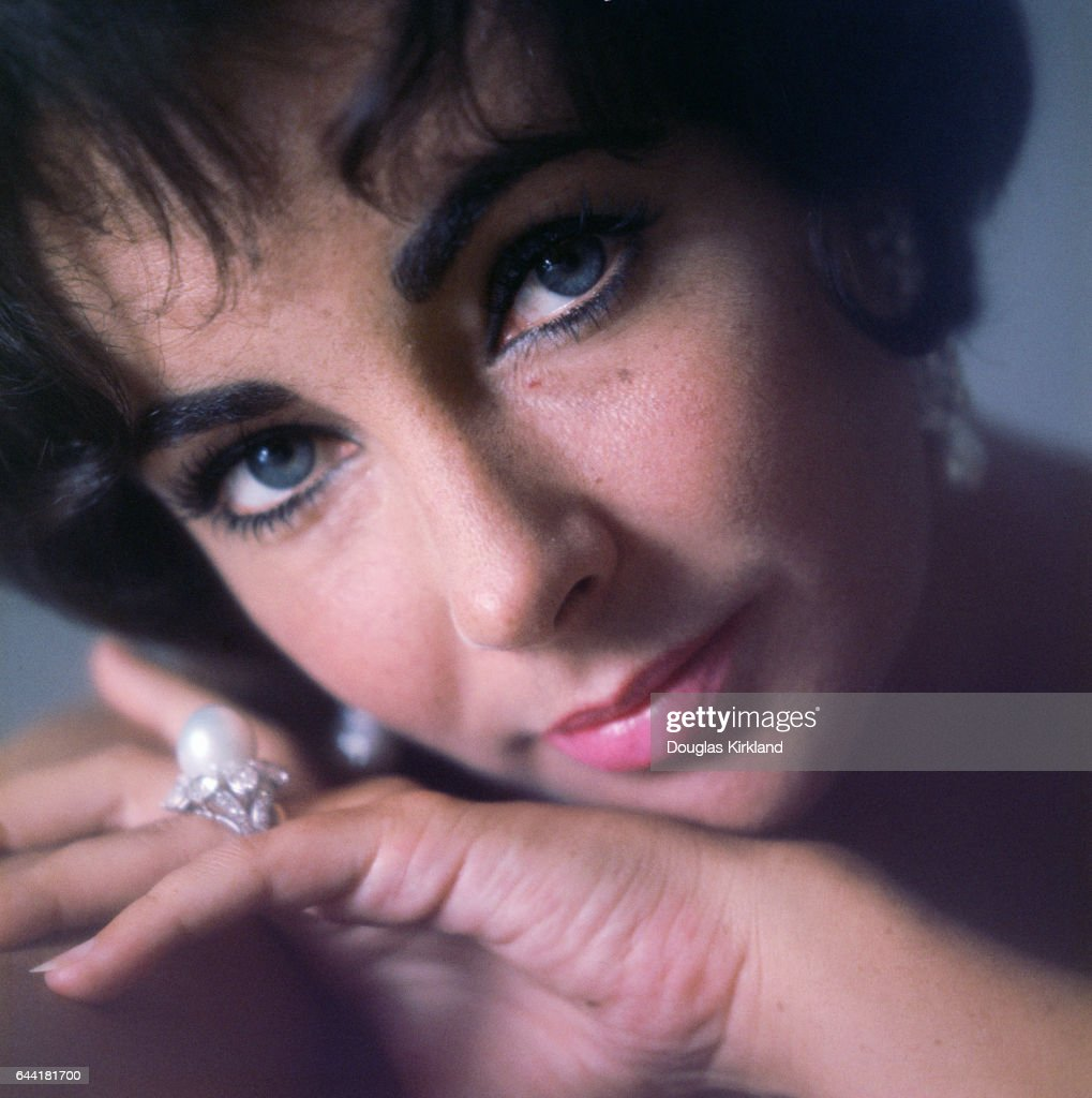 12. Elizabeth Taylor, actress, died 2011 - $8million
