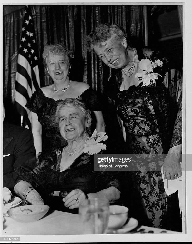 Elizabeth Truman, Edith Wilson and <a gi-track='captionPersonalityLinkClicked' href=/galleries/search?phrase=Eleanor+Roosevelt&family=editorial&specificpeople=93348 ng-click='$event.stopPropagation()'>Eleanor Roosevelt</a> pose together at a Democratic event in Washington, DC, December 29, 1961.