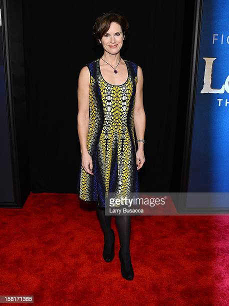 Elizabeth Vargas attends the 'Les Miserables' New York premiere at Ziegfeld Theatre on December 10 2012 in New York City