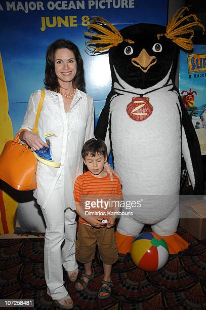 Elizabeth Vargas during 'Surfs Up' Columbia Pictures and Sony Pictures Animations Present a Special Family Screening at Loews Lincoln Center in New...