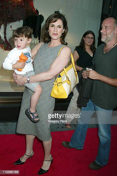 Elizabeth Vargas with son Zachery and husband Marc Cohn
