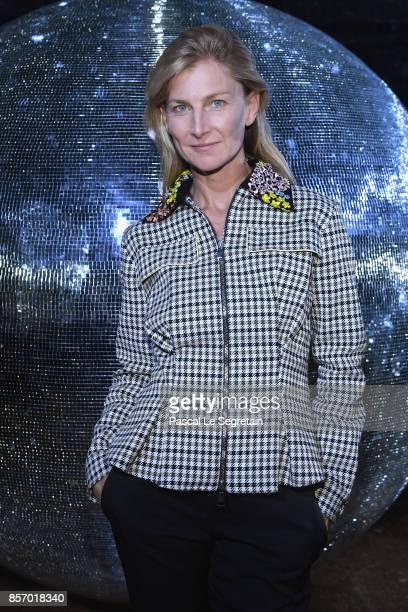 Elizabeth von Guttman attends the Moncler Gamme Rouge show as part of the Paris Fashion Week Womenswear Spring/Summer 2018 on October 3 2017 in Paris...