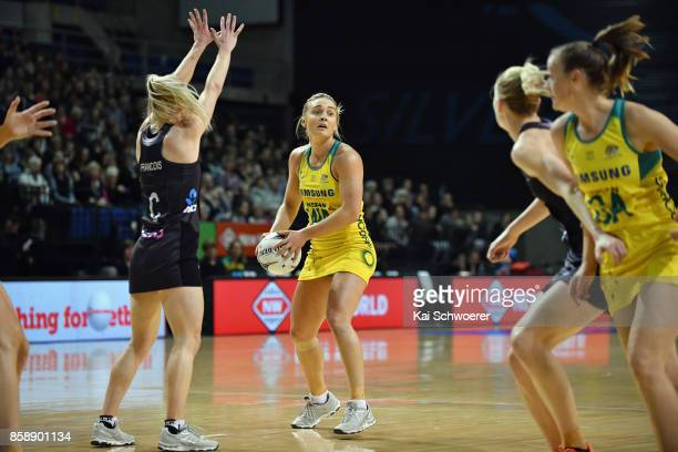 Elizabeth Watson of Australia looks to pass the ball during the 2017 Constellation Cup match between Australia Diamonds and the New Zealand Silver...
