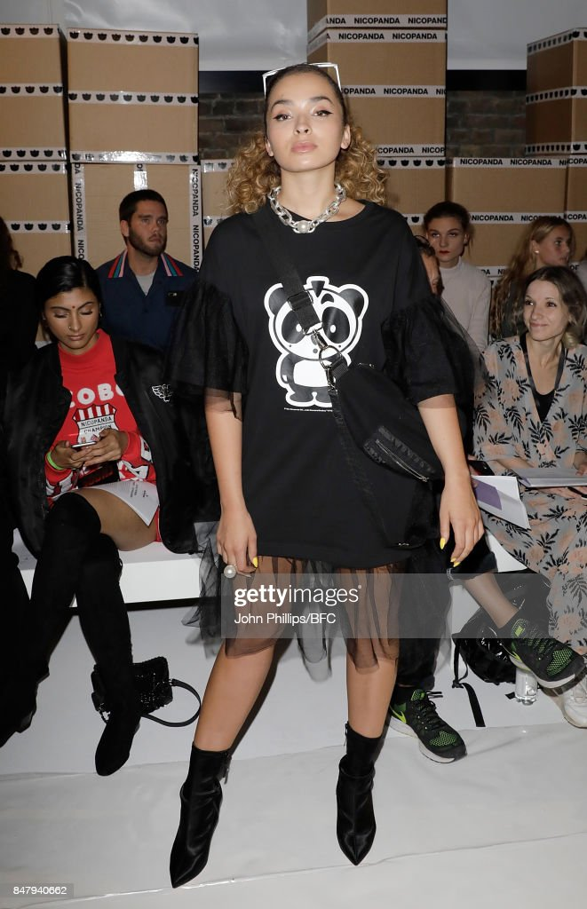 Ella Eyre attends the Nicopanda show during London Fashion Week September 2017 on September 16, 2017 in London, England.